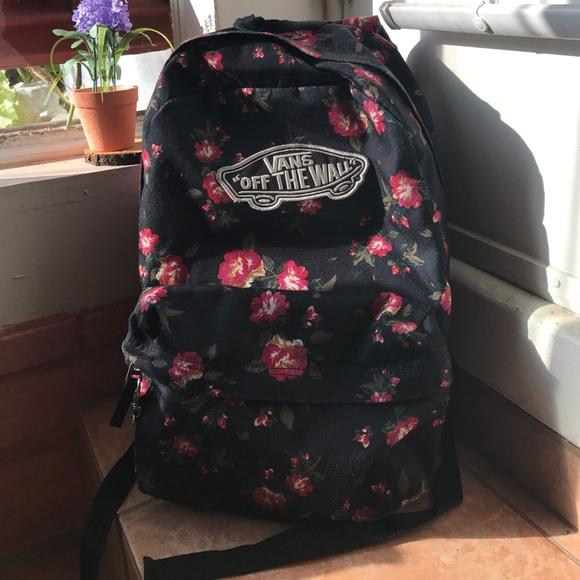 82cbc863c4 Vans flower backpack. M 59793954a88e7d6c480105b9