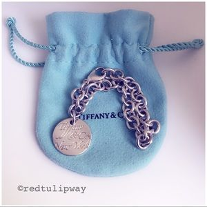Auth. Tiffany & Co. New York Notes Bracelet