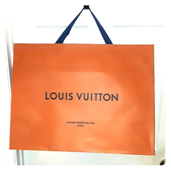 Louis Vuitton Bags   Large Shopping Bag   Poshmark ba4b352a46a
