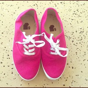 NWOT Urban Outfitters Pink Plimsoll Sneaker