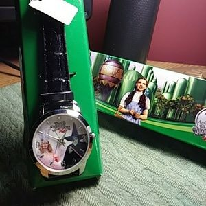 Accessories - Wizard of Oz women's watch. 75th anniversary editi