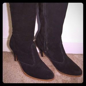 Shoes - Vintage black suede heeled boots awesome