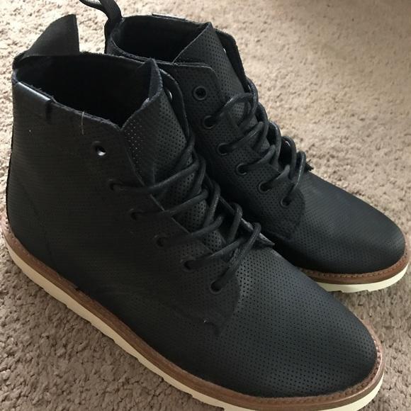 33697f710dc Sahara boots