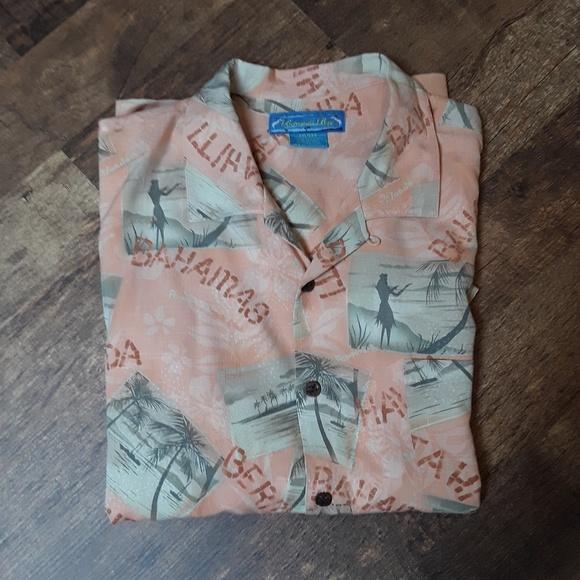 c3018e9180dfa Bermuda bay Other - Bermuda Bay floral silk Hawaiian men shirt