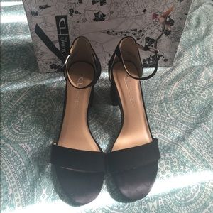 Brand New Chinese Laundry Chunky Heels