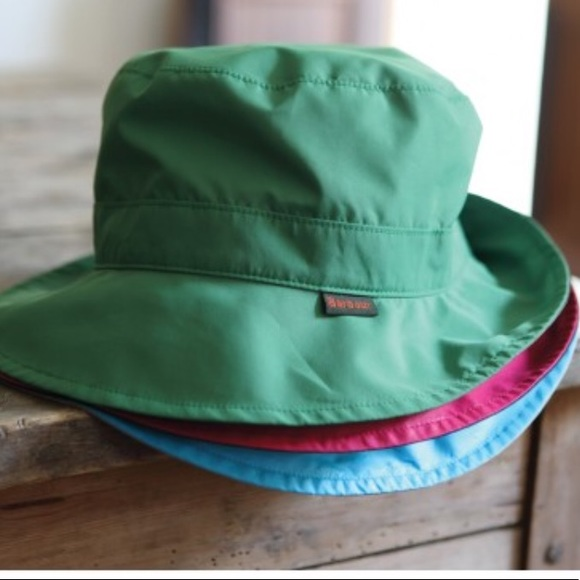 Barbour Accessories -  Barbour  Women s Reversible Pull On Rain Hat 11dde0a80c4