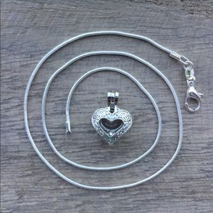 Jewelry - Heart Pearl Cage Necklace