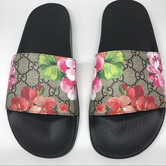 Gucci shoes gg bloomssupreme slide sandal poshmark gucci gg bloomssupreme slide sandal mightylinksfo