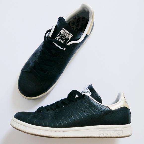 Le Adidas Stan Smith, Unica Poshmark