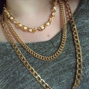 NWOT Pearl & Gold Necklace from H&M