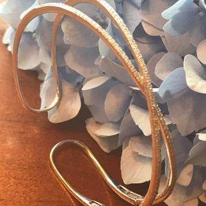 Jewelry - 14k white gold diamond bracelet.  .75 tw 💍