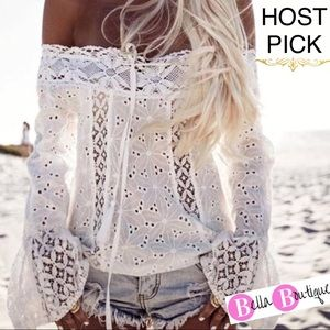 Tops - ✨HP PLUS Eyelet & Lace off shoulder bell sleeve