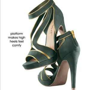 🆕 Forever by Paula Abdul sandal heels