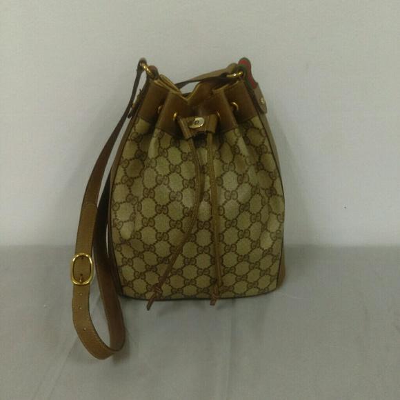059c01bbedcf Gucci Handbags - Gucci Vintage Authentic Drawstring Bucket Bag