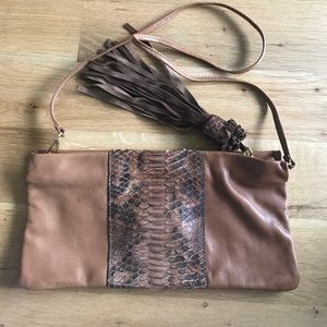 Handbags - Brown leather clutch purse