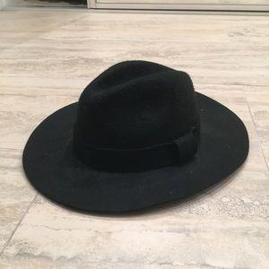 Black wool nasty gal hat