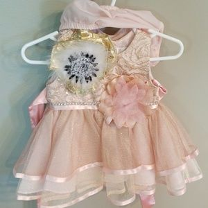 Other - Baby girl dress, hair clip, and bottoms