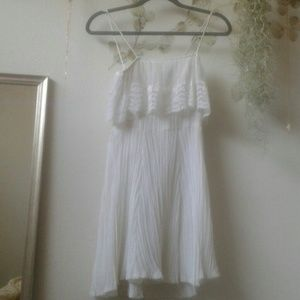Dresses & Skirts - Vintage white dress