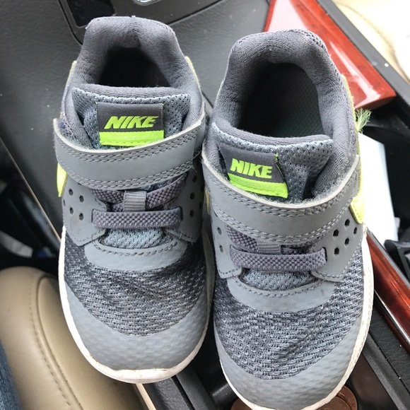 be2aaba4cd735 Boys Nike downshifter 7 size 7c toddler. M 597a6a812fd0b7190e004dcb