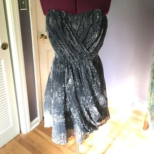 BCBG Pockets Strapless Dress Beautiful Texture