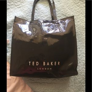 1603f9aa05fd3 Ted Baker London Bags - 👜🔥Ted Baker BETHCON Bow detail large shopper bag