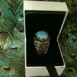 Jewelry - Turquoise costume ring