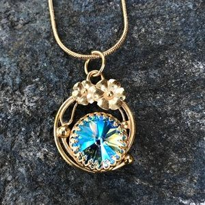 Handcrafted necklace with Swarovski crystal #241