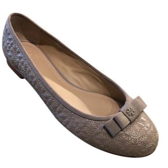 872b33dcc41d Tory Burch Grey Quilted Bryant Ballet Flat