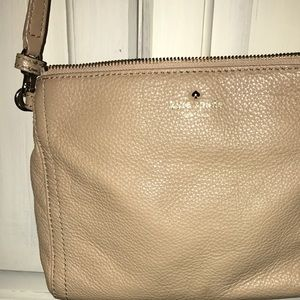 Used Kate spade crossbody purse
