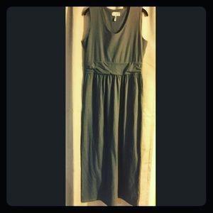 MAKE AN OFFER‼️ Sahalie Maxi Dress PM