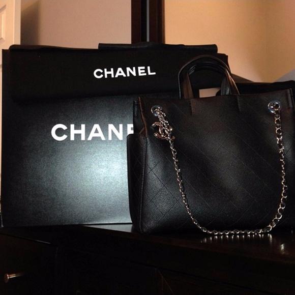 a613e26cad26 CHANEL Handbags - Chanel SS 2014 - CC Pocket Tote