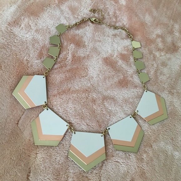 Express Jewelry White And Rose Gold Statement Necklace Poshmark