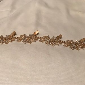 Accessories - Gold hairpiece