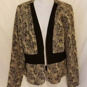 Black Rainn open blazer perfect for work & date