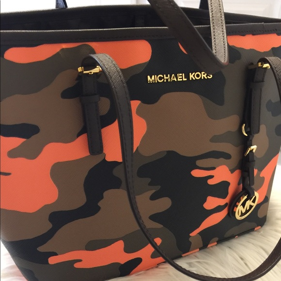 37419f6de376 Michael Kors jet set poppy acid orange Camo. M_597ba3fa5a49d0bdd803c00e