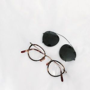 97d2dbc49e6 Oliver Peoples Accessories - FINAL FLASH- Oliver Peoples