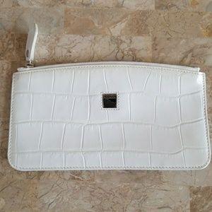 Dooney & Bourke White Leather Bag