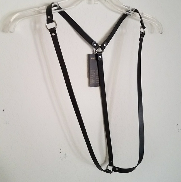 Forever 21 Accessories - Nwt Black Leather Shoulder Body Harness Unisex New