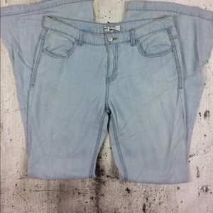 Free People light weight super flare jeans