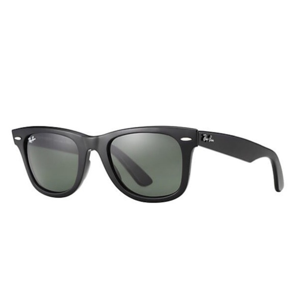 89999c33bf6d Accessories - Black Raybans