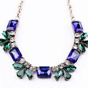 Jewelry - Green Blue Teardrop Gems Gold Statement Necklace