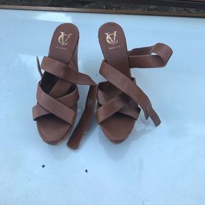 Shoes - Brown VC wedges