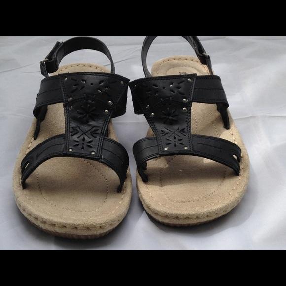 fc8f5c682fa0 Cobbie Cuddlers Shoes - Cobbie Cuddlers Dessie Black Sandals 8w