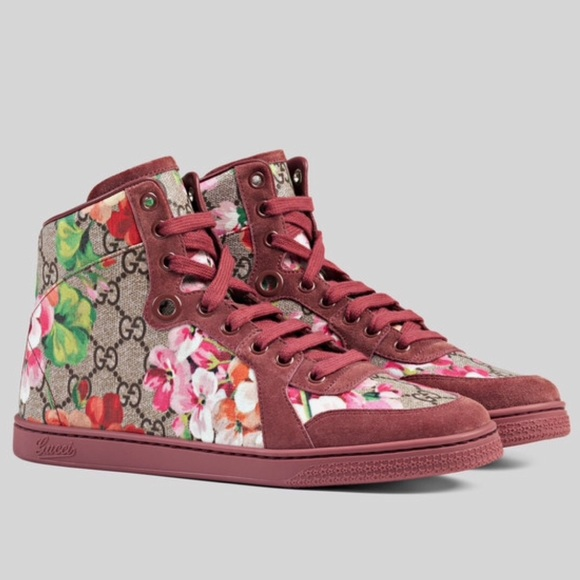 dd40bb42df4 NEW GUCCI GG SUPREME BLOOMS HIGH TOP SNEAKERS
