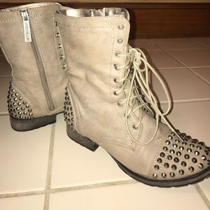 Breckelle's Studded Combat Boots