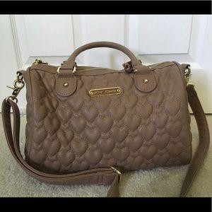 Tan Betsy Johnson tote bag/purse