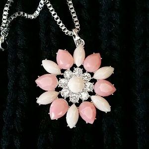 Jewelry - Flower Statement Necklace