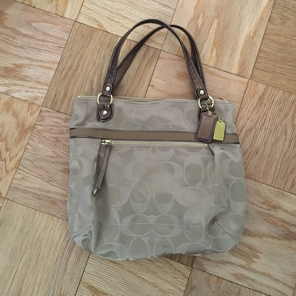 Coach Handbags - Brand new coach purse