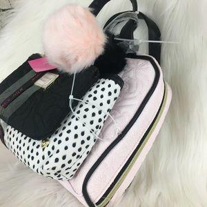 Betsey Johnson Bags - 🆕Betsey Johnson 3 piece cosmetic bag set 5cd5a42e38d84