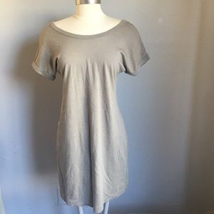 OLD NAVY OLIVE TEE SHIRT DRESS S